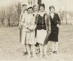 5 Ladies at the 1928 Commerce Picnic Creighton University